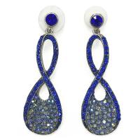Earrings in 8