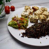 Organic tofu with rice nerone and avocado - ManaFoods