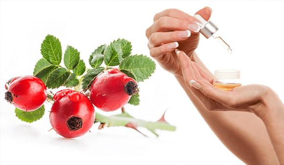 Usando el Aceite de Rosa Mosqueta