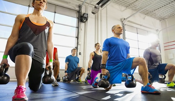 El entreno con pesas para tratar la artritis